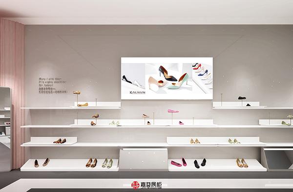 嘉艺展柜案例-凯伦纳维尼女鞋大亚湾广场店-1.jpg