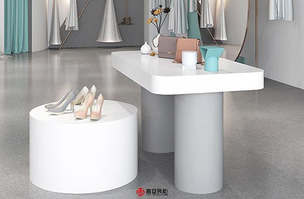 嘉艺展柜案例-女装(展示台)-5.jpg