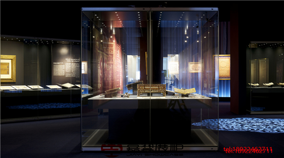 伊斯兰书法五百年展 巴林国家博物馆-博物馆展柜定制案例