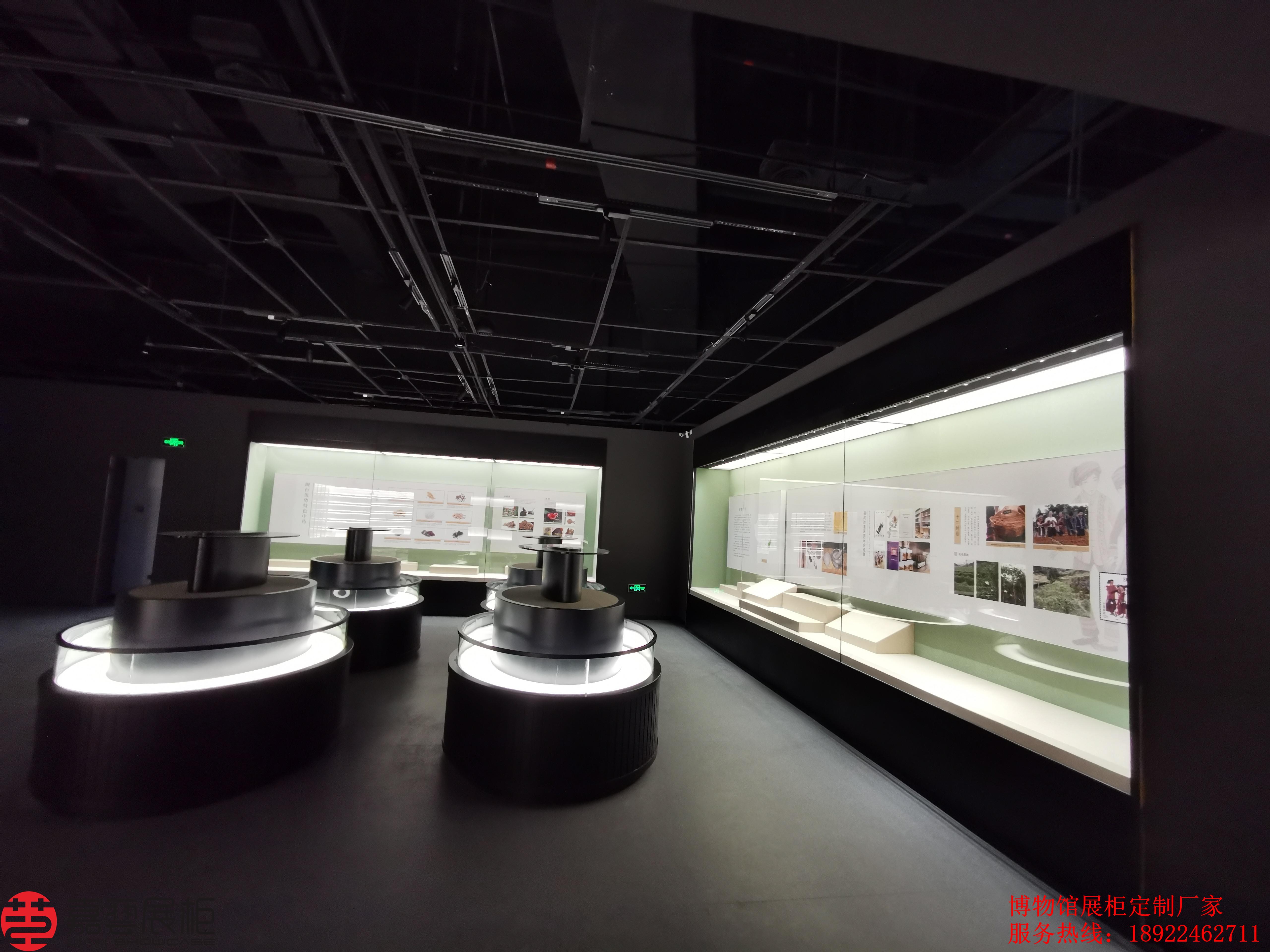 博物馆展柜里的文物照片为何拍不出效果?嘉艺展柜为您解答